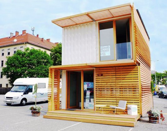 Shipping container modular house - Building shipping container homes ...