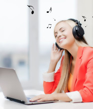 Music in the office: is it a good idea?