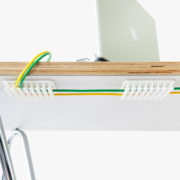 Cable organizer - How to organize cables on desk ...